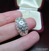 Ezüst gyűrű - sok cirkónia kővel