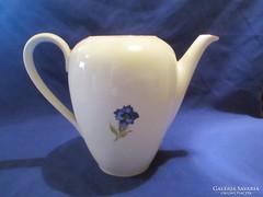Tea kiöntő Ád 051