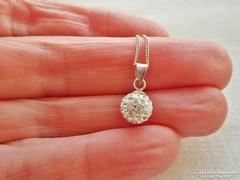 Szépséges köves ezüst gömb medálos nyaklánc
