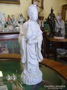 Herendi porcelán Ho Shien Ku, nő korsóval