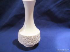 Számmal jelzett váza A052