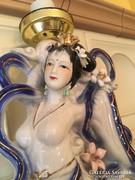 Antik festett, porcelán Gésa lámpa