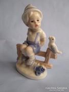 Nagyon szép HIBÁTLAN német figura padon ülő gyermek nagy db