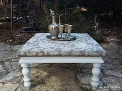Provence vintage ottoman asztal dohányzóasztal