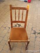 Esztergált kárpitos.szék.