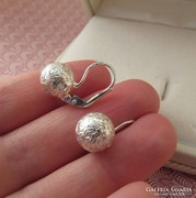 Bogyós ezüst fülbevaló patentzáras - gömb
