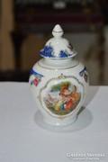 Német porcelán fedeles váza
