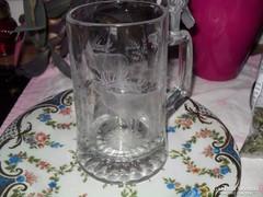 Ón tetejű gravírozott üveg kupa