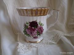 CHODZIEZ porcelán :  csésze