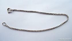 Ezüst karlánc, 16 cm. hosszú