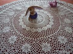 Horgolt asztalközép