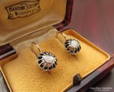 Antik gyémánt köves arany fülbevaló.
