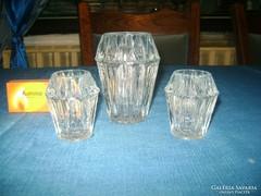 Három darab kis üveg váza