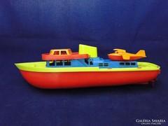 7663 Régi retro nagyméretű elemes hajó 31 cm