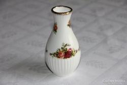 Kis bordázott pocakos váza - Royal Albert Old Country Roses