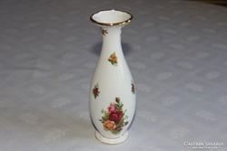 Hosszúkás karcsú váza - Royal Albert Old Country Roses