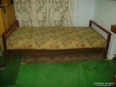 Régi ágy