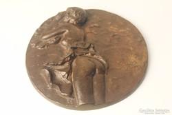 Erotikus bronz fali plakett