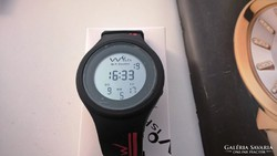 Svájci lottózó óra különlegesség 4,6 cm még fóliás!