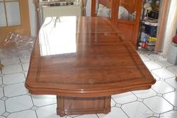 Olasz magas fényű étkező asztal 5 székkel