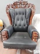 Faragott irodai fotel
