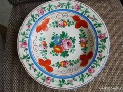 Hollóházi porcelán rózsás festett fali tányér