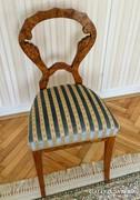 Gyönyörű Biedermeier kárpitozott szék felújítva.