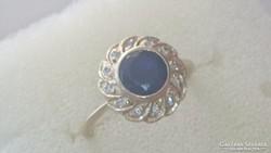 Arany gyűrű 14 k. Zafírral.