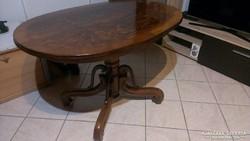 Póklábú Asztal