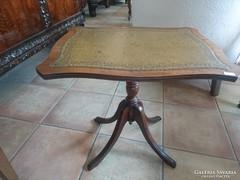 Angol bőrlapos( kínáló)  kisasztal eladó
