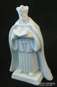 Fehér herendi olvasó pap porcelán szobor
