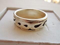 Szép régi vésett ezüst uniszex karikagyűrű