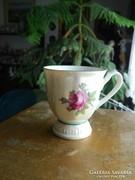 Gyöngyházfényű rózsamintás kávés csésze
