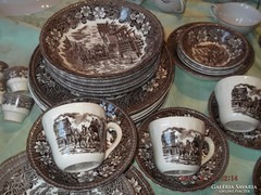 Nagyon régi  barna angol étkészlet  40 darab