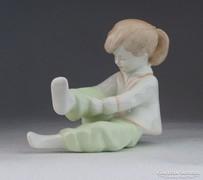 0M621 Jelzett Aquincumi porcelán kislány figura