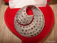 Különleges antik ezüst bross markazit kövekkel