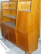 Antik nagyon régi tömör fa szekrény bárszekrény résszel