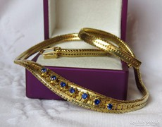 Valódi zafírral ékesített lamellás aranyozott ezüst nyakék