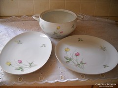Porcelán süteményes tál 2 db, levesestál eladó!
