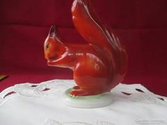 Hol1  Hollóházi mókus kézzel festett szobor 14 cm