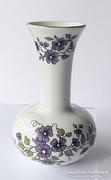 Ibolyavirág mintás Zsolnay váza, 11,5 cm