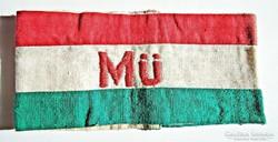 Nemzeti színű Mü. karszalag, hímzett