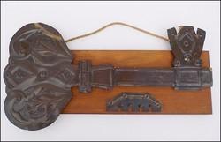 Orosz iparművész domborított bronz fali kulcstartó - nagy !