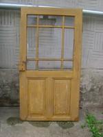Régi fenyő ajtó