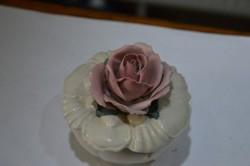 ENS porcelán bonbonier