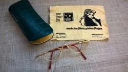 Szép állapotú szemüveg keret tokban kendővel
