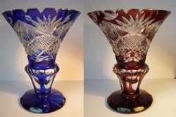 Kobalt és bibor  ólomkristály váza-pár , kézzel csiszolt,  cseh Bohémia? Ajka?  nagyor régi