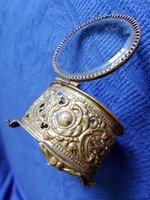 Antik aranyozott, francia filigrán ékszeres szelence