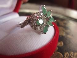 Virágalakú természetes smaragd 925 ezüst gyűrű