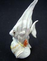 Kézifestésü kispesti porcelán halacska